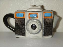 Ceramic Pottery Small Camera Mini Tea Pot with Lid Souvenir